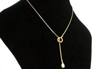 14 karaat gouden collier met parel.