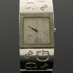 Guess edelstaal horloge.