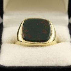 14 karaat gouden zegel ring.