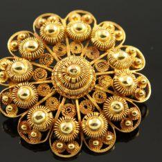 14 karaat gouden Zeeuwse broche.
