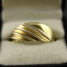 14 karaat gouden bicolor ring.