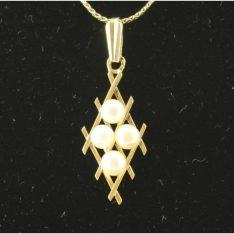 14 karaat gouden hanger met parel.