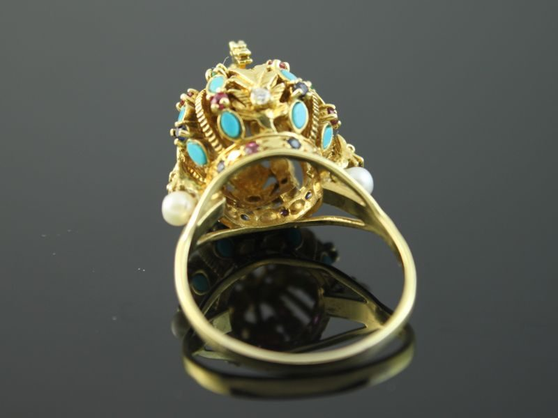 18 karaat gouden ring met briljant, robijn, saffier, smaragd, aquamarijn en parel.
