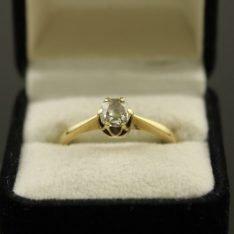 14 karaat gouden ring met briljant.