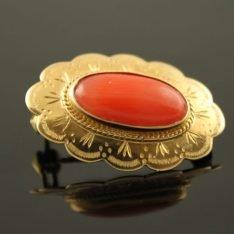 14 karaat gouden broche met bloedkoraal