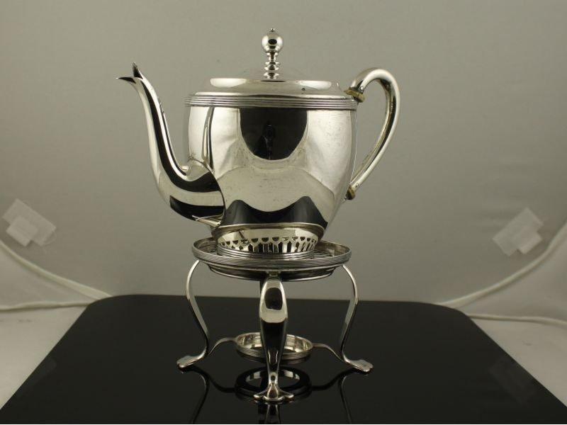 Zilveren theeset.